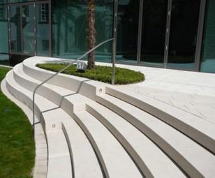 Stufenplatten aus Dietfurter Kalkstein